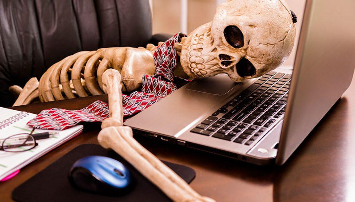 skeleton-computer